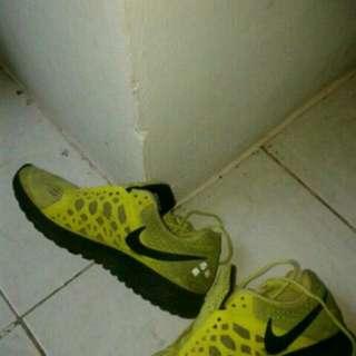 Nike Running Size 40