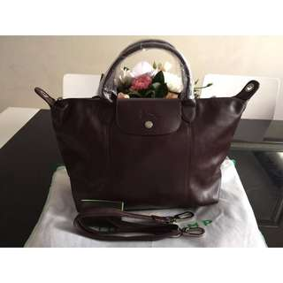 Longchamp Le Pliage Cuir Top Handle Medium Bag (New, Genuine and Available in Chocolate Brown)