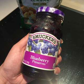 Smuckers Bluberry Jam