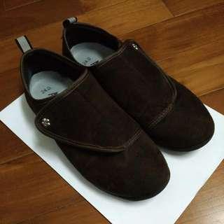 (二手)深咖啡色休閒女鞋