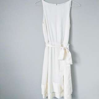 %100 SILK Banana Republic Dress