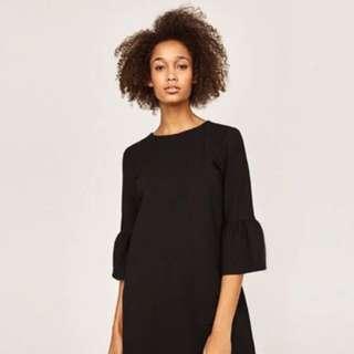 Trade11mark black dress