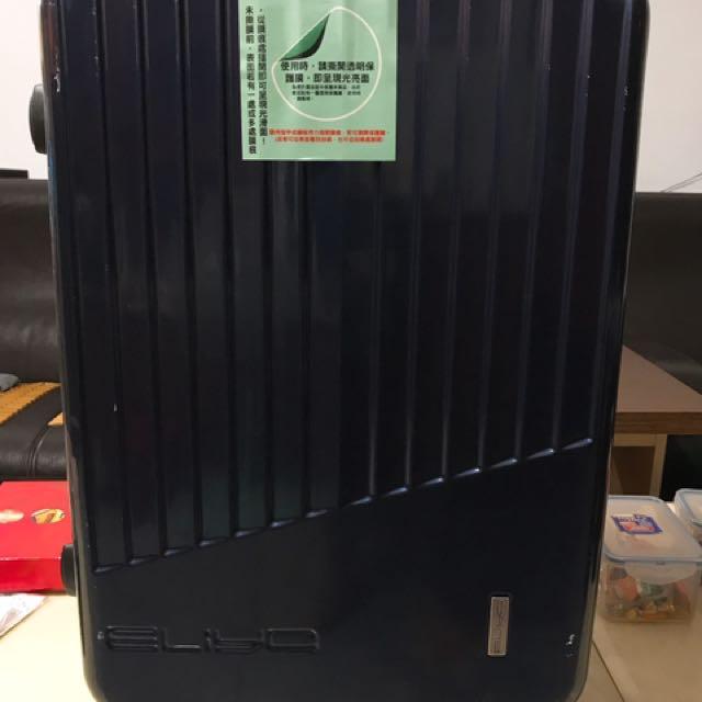 24吋行李箱(包郵)