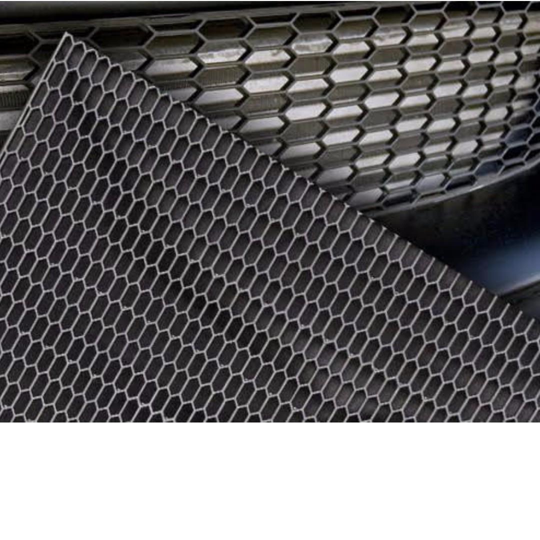 35934 - Universal ABS BIG Honeycomb mesh grill net