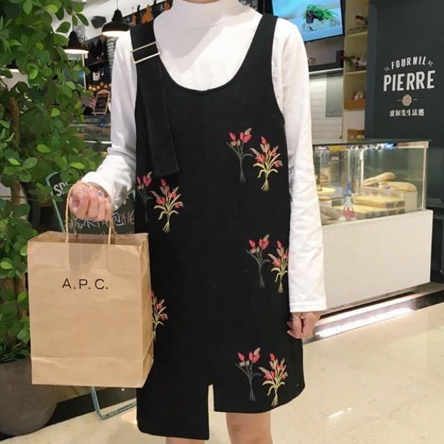 降!韓國復古刺繡花朵不對稱背帶裙