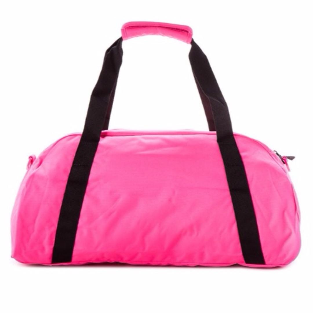 9cc08da48e15 Pink Nike Duffle Bag Amazon