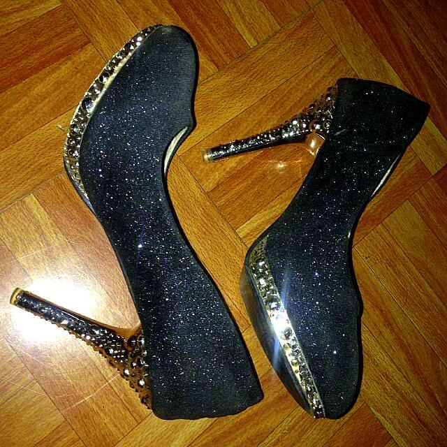 Black High Heels Sandals (stilletos)