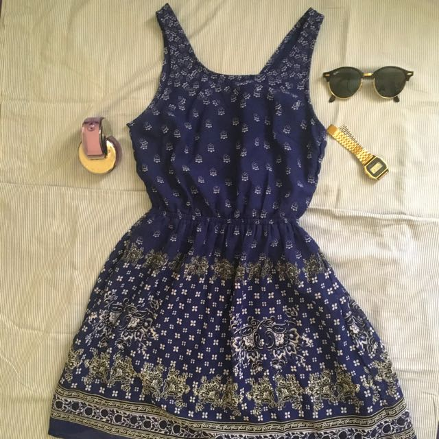 Divided Blue Patterned Key Hole Dress