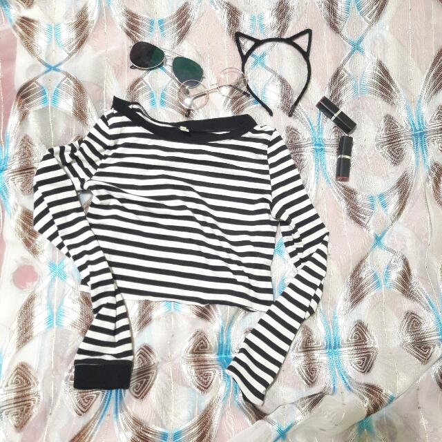 edge stripe crop top