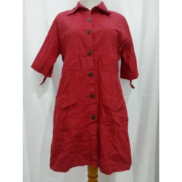 Kemeja Merah