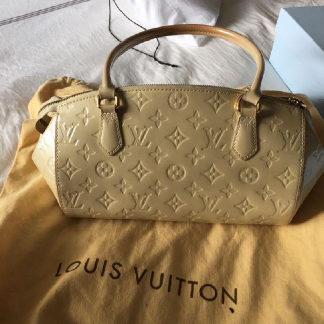 Louis Vuitton Sherwood PM