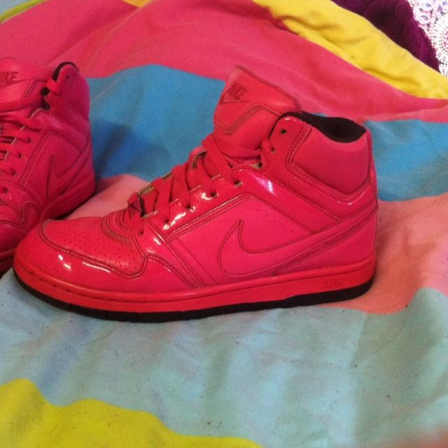 Nike High Top Great Condition Size 7