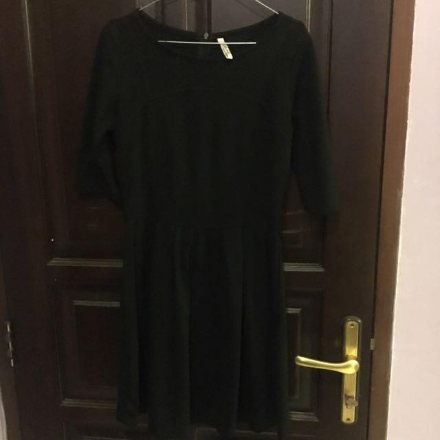 no brand little black dress