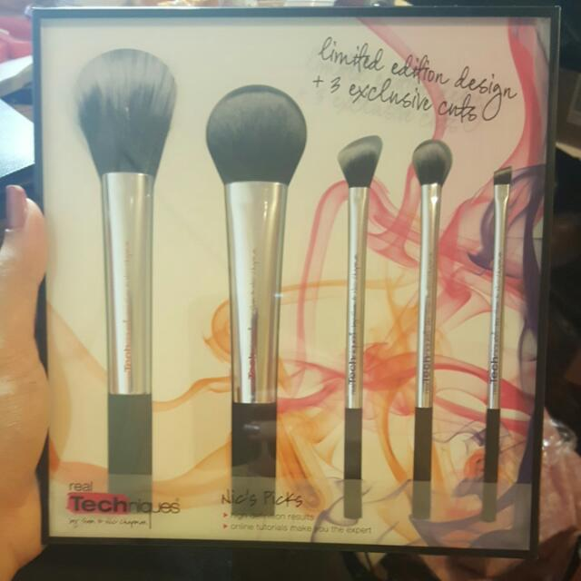 Real Techniques Limited Edition NIC' Pick Brushes . Clearance Price