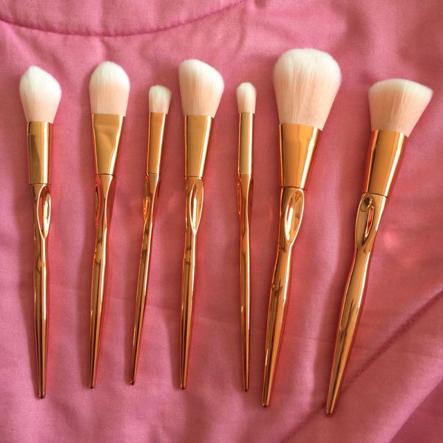 Rose Gold 7pc Brush Set