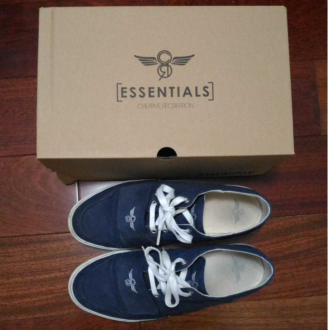 Shoes - Creative Recreations Dark Blue Size 9.5