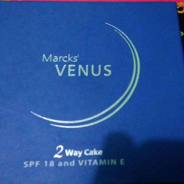 venus two way cake