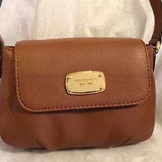 MICHAEL KORS Authentic Body Bag