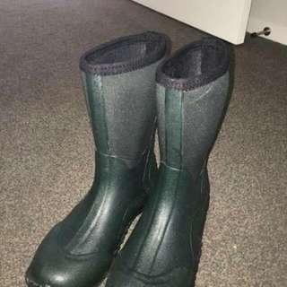 Brand New waterproof kids boots with Neoprene upper.