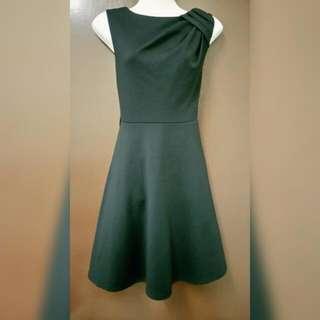 Nicci Black Dress (size M)