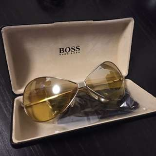 Hugo boss Sunglasses Gold