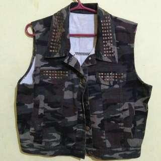 Camou Vest