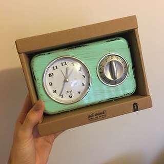 Radio Clock Typo