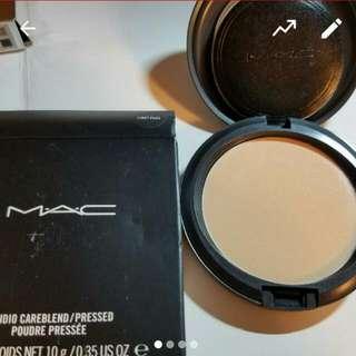 Mac Poudre Pressee Light Plus