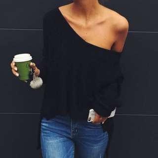 WHITEFOX BOUTIQUE • Black Knit • Size M/L