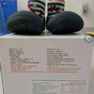 Sepatu Attipas