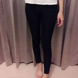 黑色緊身長褲