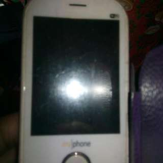 Myphone 2 sim mabilis maloba Skk 3 sim lcd broken Htc lcd broken Nokia vodafone good condition unit only