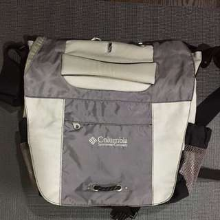 Columbia Messenger Bag authentic