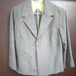 超低價再降價出清女薄八分袖西裝外套送裙及內搭衣