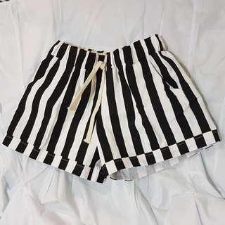 Stripe Big Black Jogger