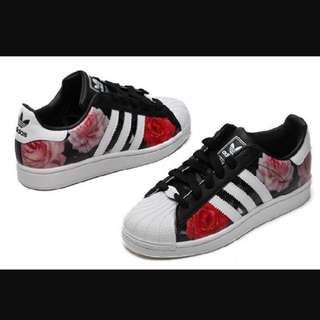 Adidas Originals Superstar 2 Rose Print