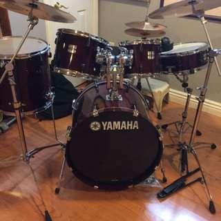 Yamaha Stage Custom Drum Set And Sabian Cymbals