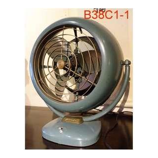 【景徽軒古傢俬】~~~ (老件) 1950年 VORNADO 電扇B38C1-1 K802