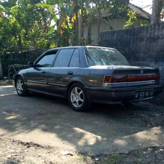 grand civic tahun 1990
