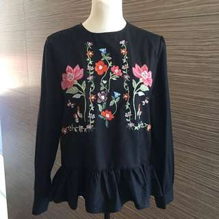 Zara Inspired Blouse with ruffled hem & floral embroidery, black medium