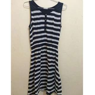 Uniqlo navy stripe dress