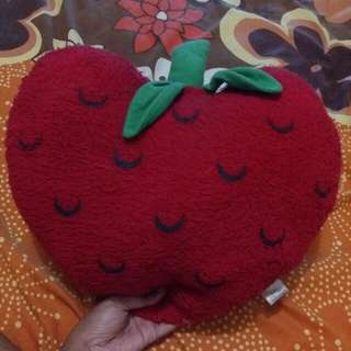 #Tisgratis Bantal Strawberry