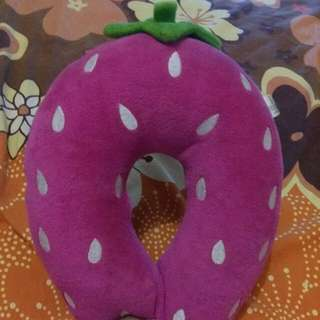 #Tisgratis Bantal Leher Strawberry