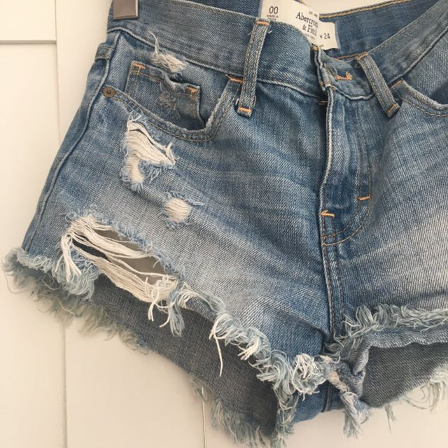 A&F 00 High Waisted Distressed Shorts