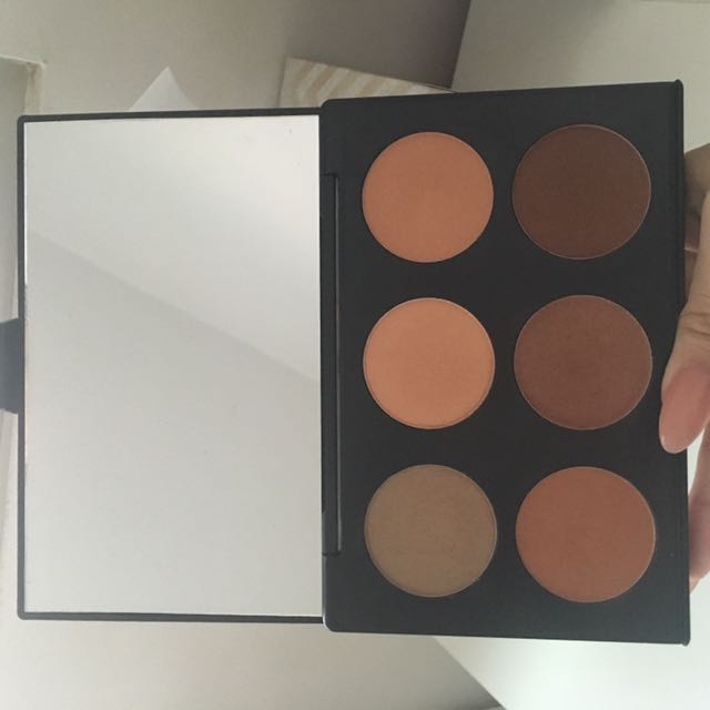 Australis Contour and Highlight Kit - Medium Complexion