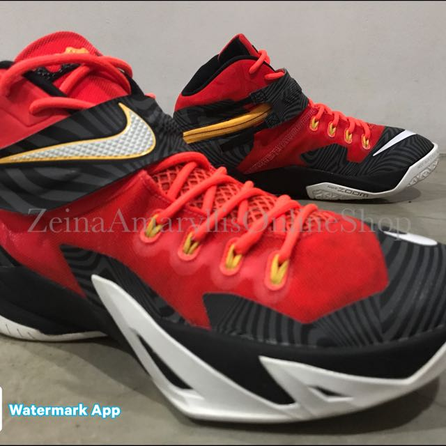 separation shoes d2756 a7a7e Authentic Nike Lebron James Zoom Soldier 8 PRM size 8 Mens Or 9 WOs, Men s  Fashion, Footwear on Carousell