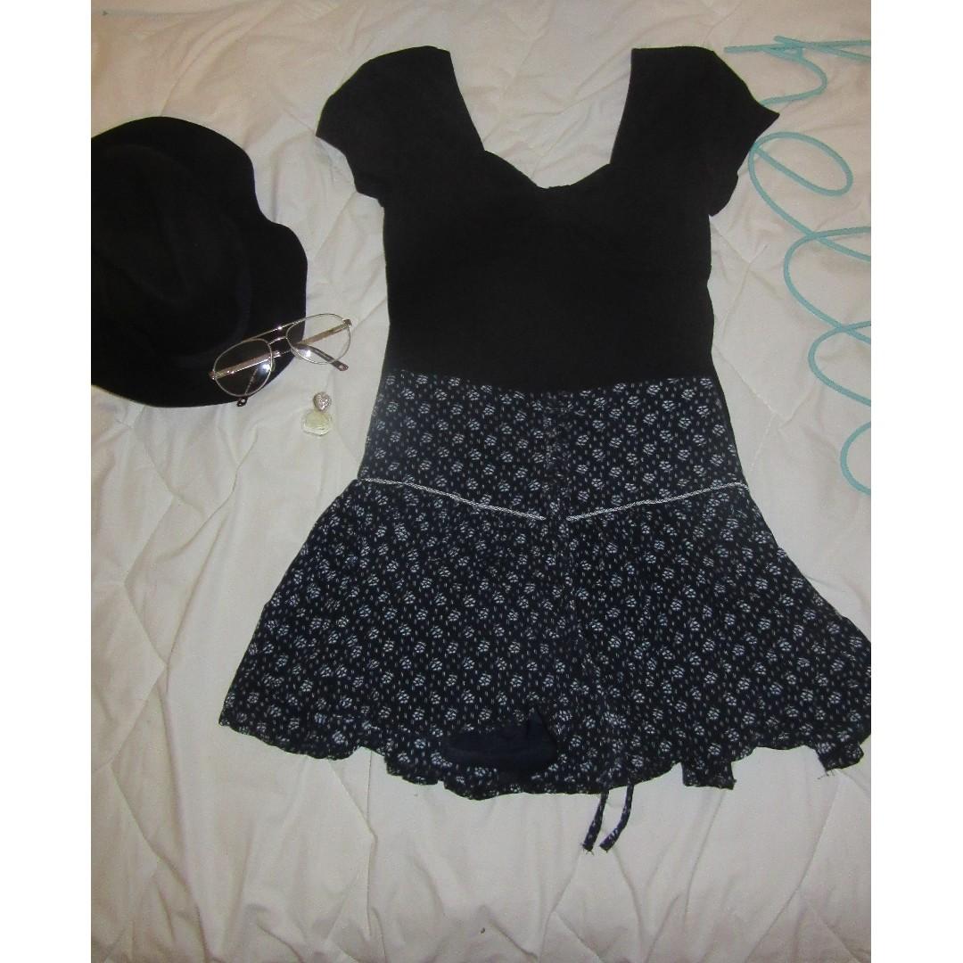 Boho lace up navy skirt