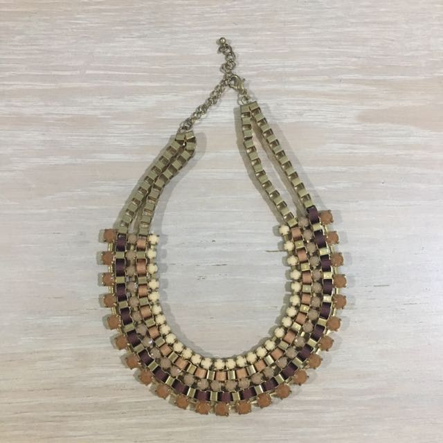 Brown necklace
