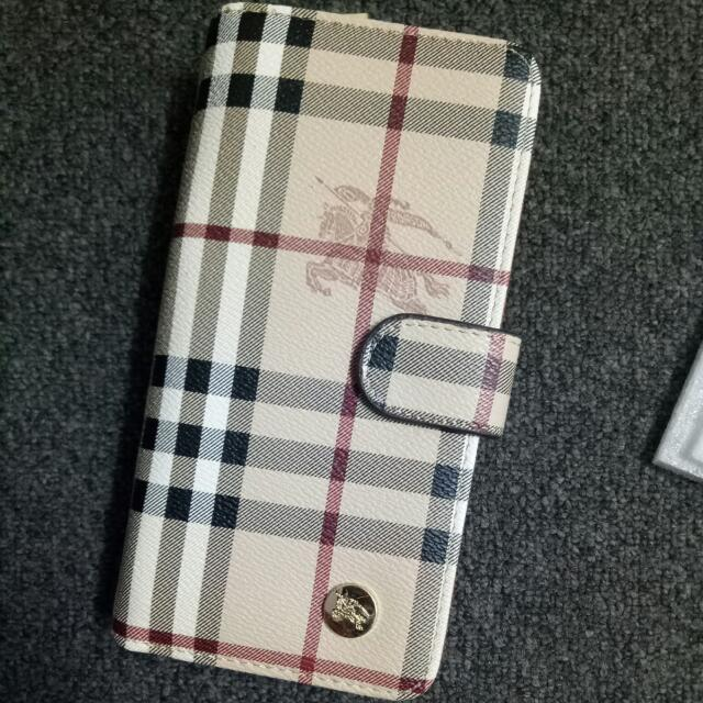 Burberry Wallet Clutch