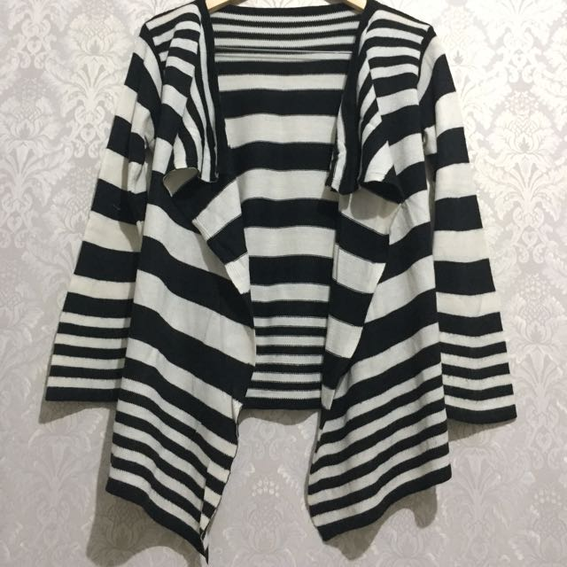 Cardigan Rajut - Outer Knit Stripes